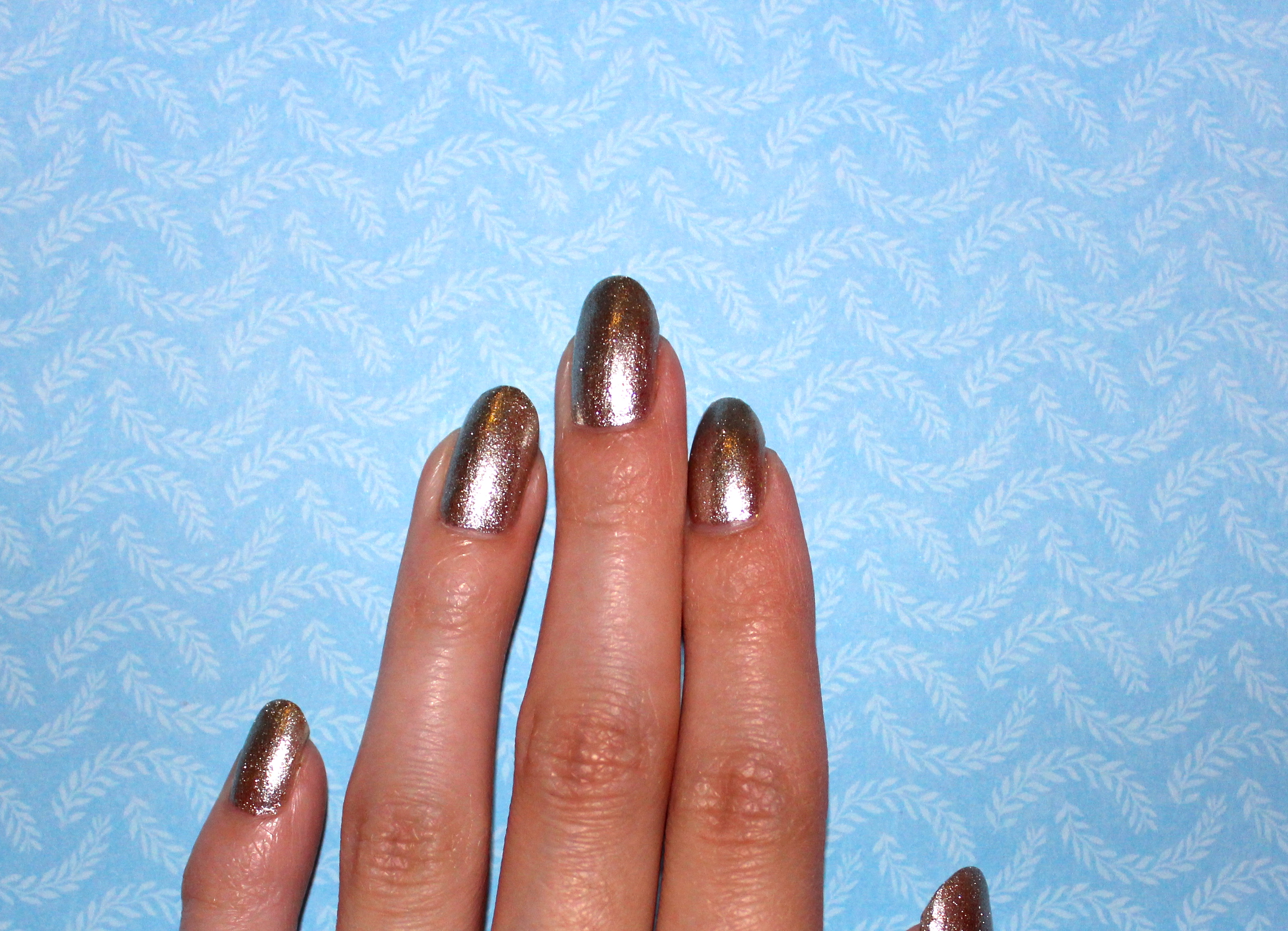 Triangle French Tip – isabelnailedit