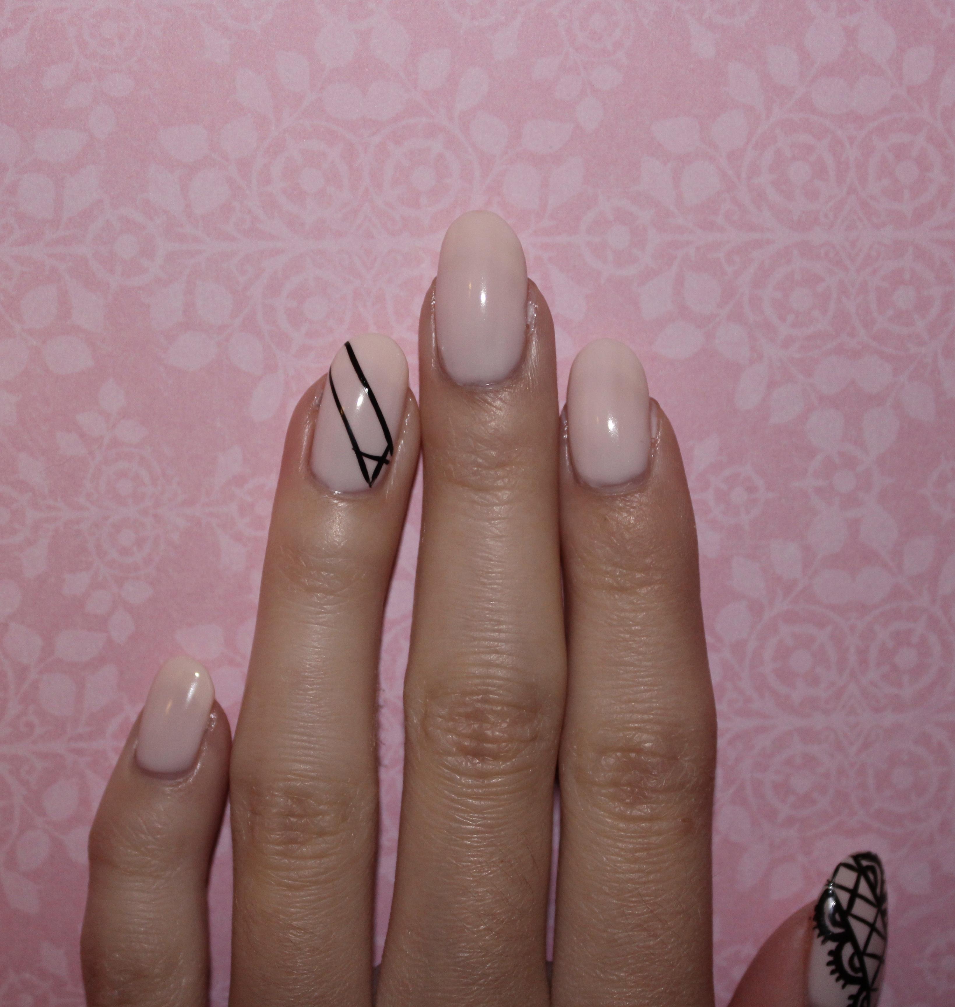 Lace Nails – isabelnailedit